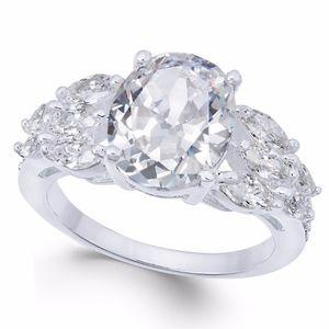 ✨ Silver-Tone Triple-Cubic Zirconia Crystal Ring